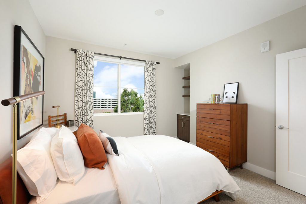 Plan B3: Bedroom 2